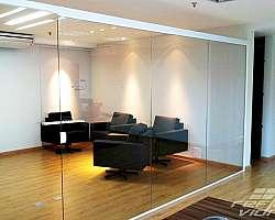 Divisoria vidro duplo persiana interna preço