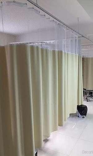 Biombo com cortina hospitalar