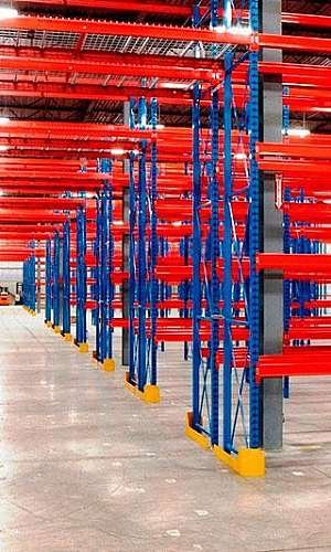 Estrutura de armazenagem paletes