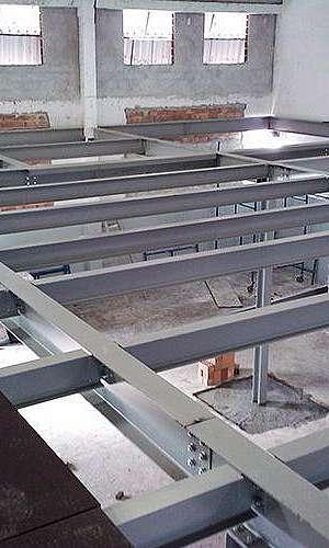 Estrutura metálica para mezanino