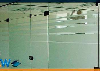 Divisórias em vidro para escritório